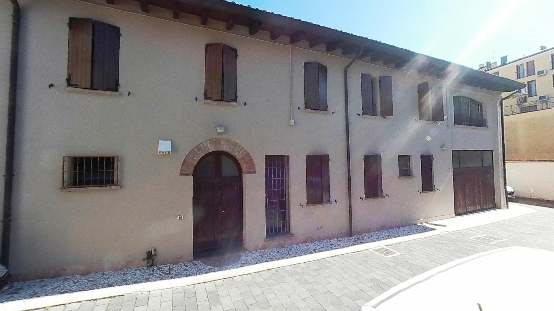 Complesso immobiliare a Suzzara