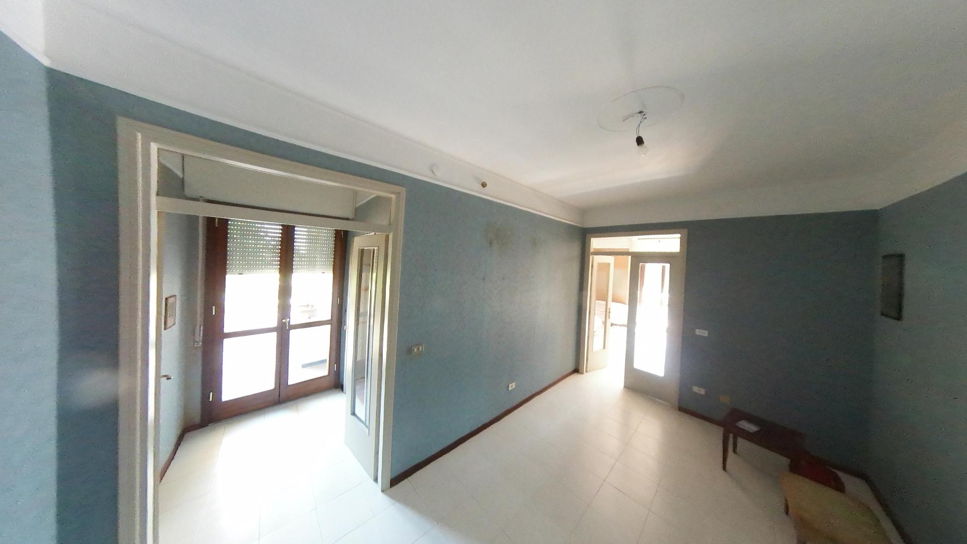 Appartamento con 4 letto a Suzzara